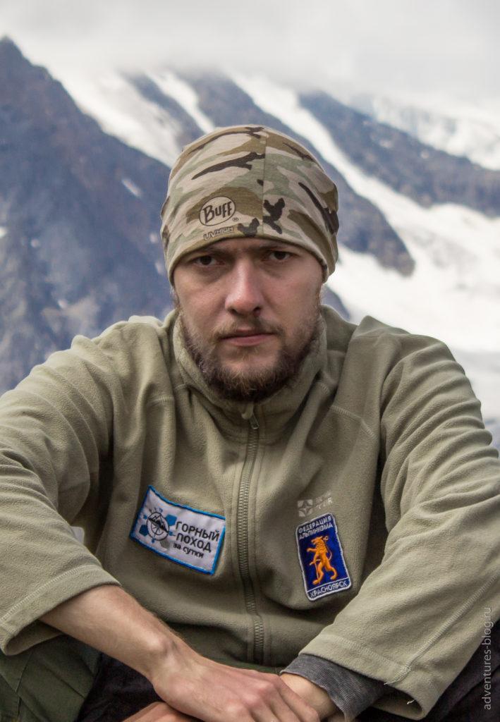 Павел Брычев - самый адекватный и трезвомыслящий участник, главный по дровам